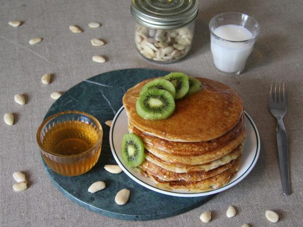 Les duos : Lait d'amande et pancakes à l'okara