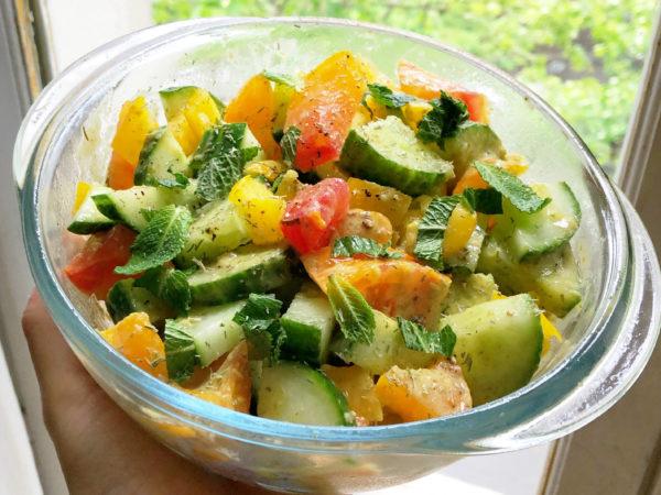 Salade Estivale – Concombre et Menthe Fraîche