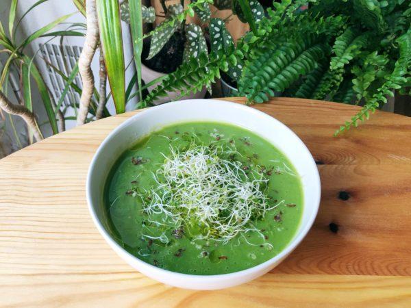 Soupe Verte d'Été – Petits pois, courgettes, brocoli